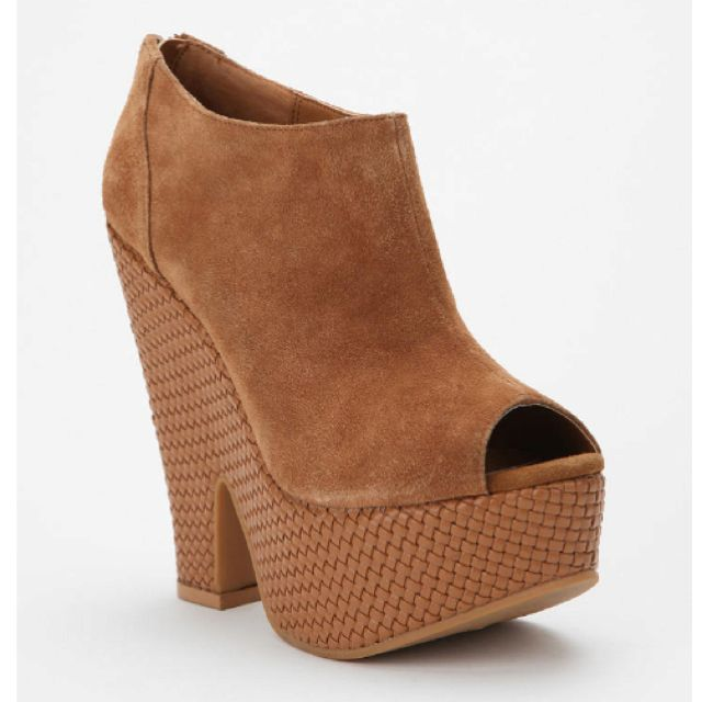 Ecote Macramé split wedge from Urban Outfitters