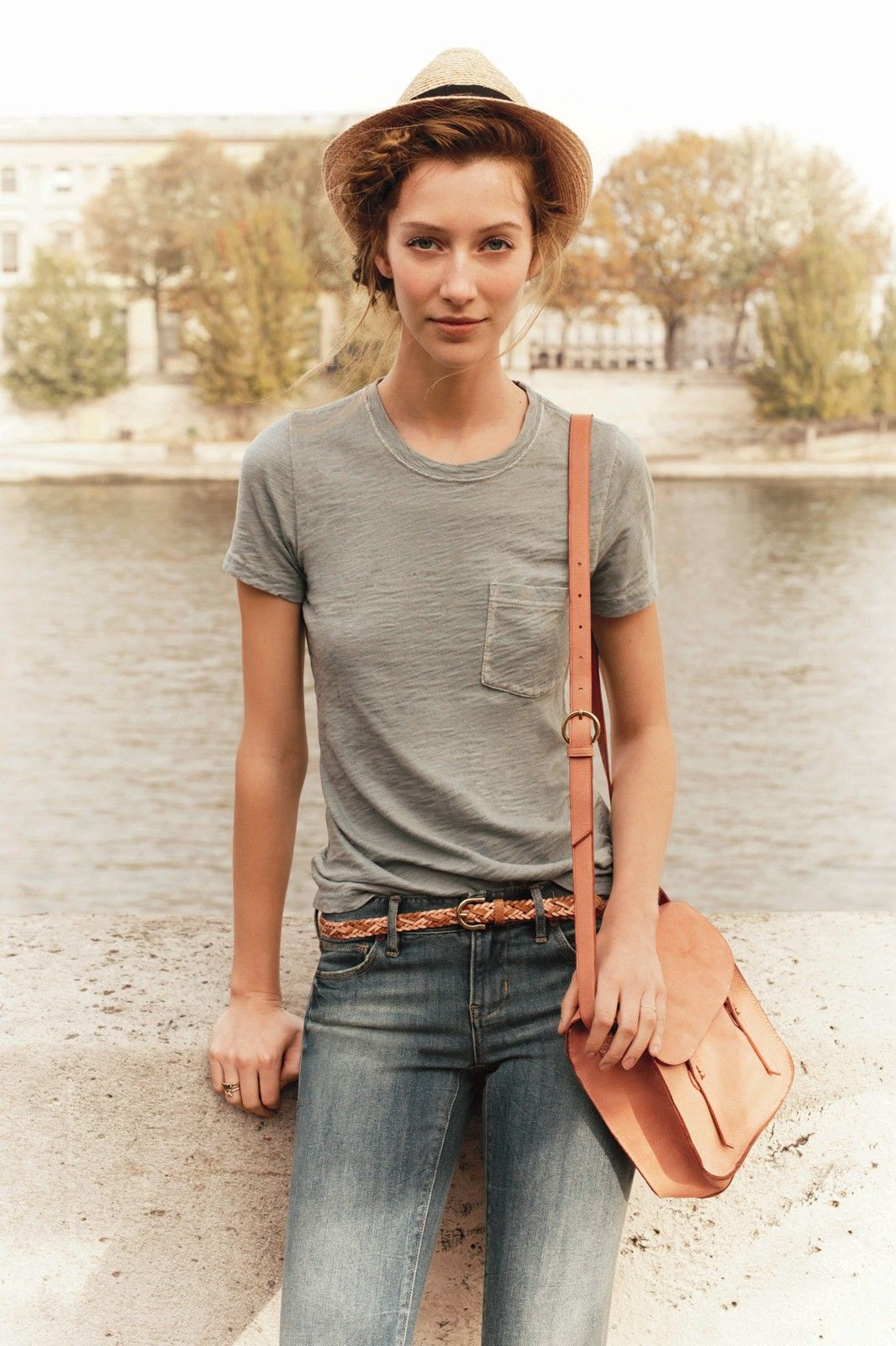 T-shirt-and-jeans outfit