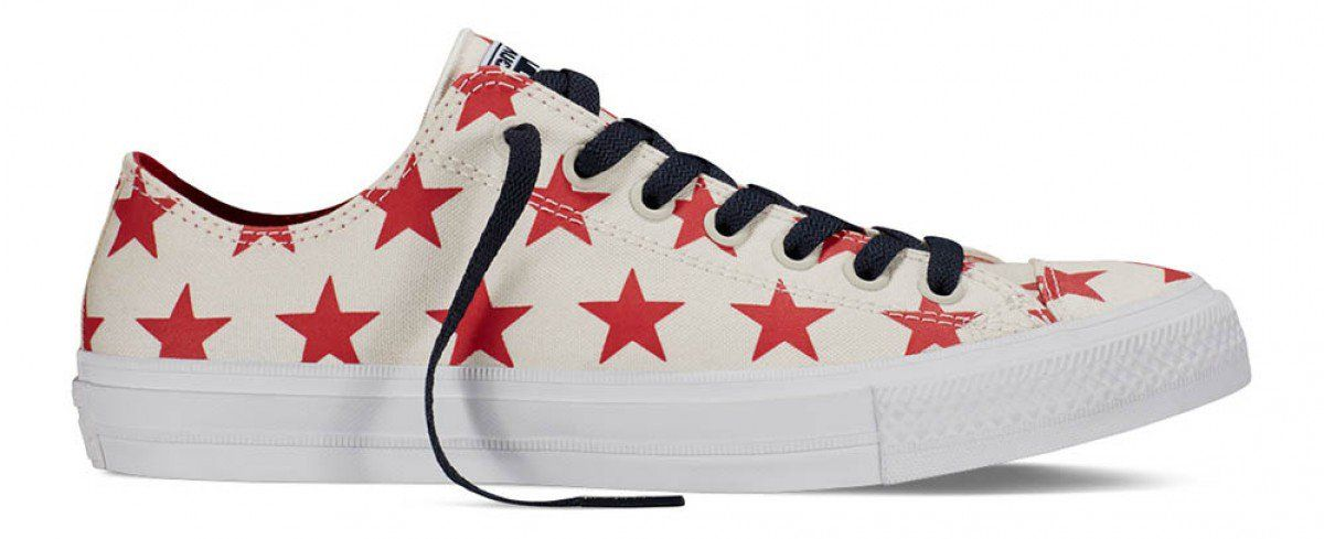 02d14bc2a36 Converse Chuck Taylor II Low Top Parchment Navy White