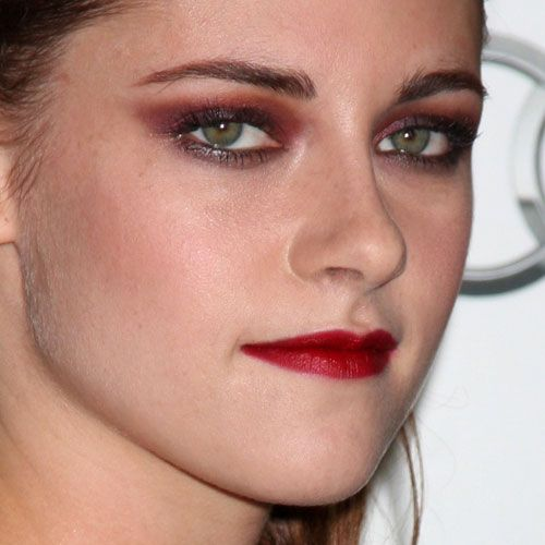Kristen Stewart Makeup Purple Eyeshadow Red Eyeshadow Red