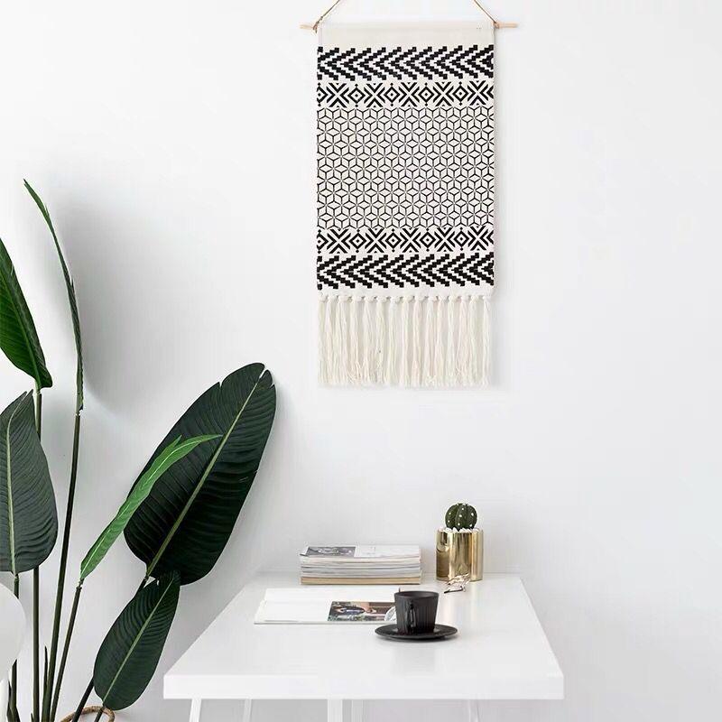 Woven Geometric Tapestry - Black Gray Arrow