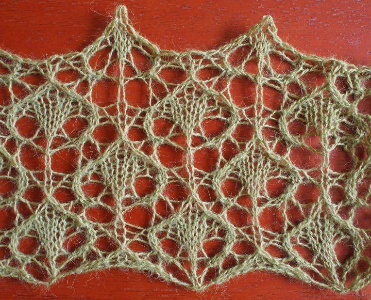 Knitting Lace Patterns Free : Rain a free lace knitting stitch pattern by naomi parkhurst