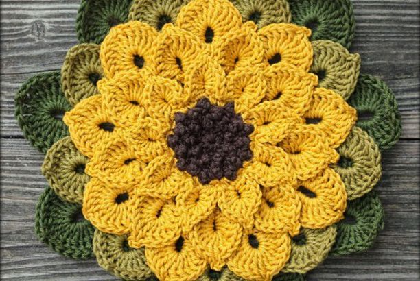 Sunflower Potholder - Free Pattern (Beautiful Skills - Crochet Knitting Quilting) #crochetpotholderpatterns