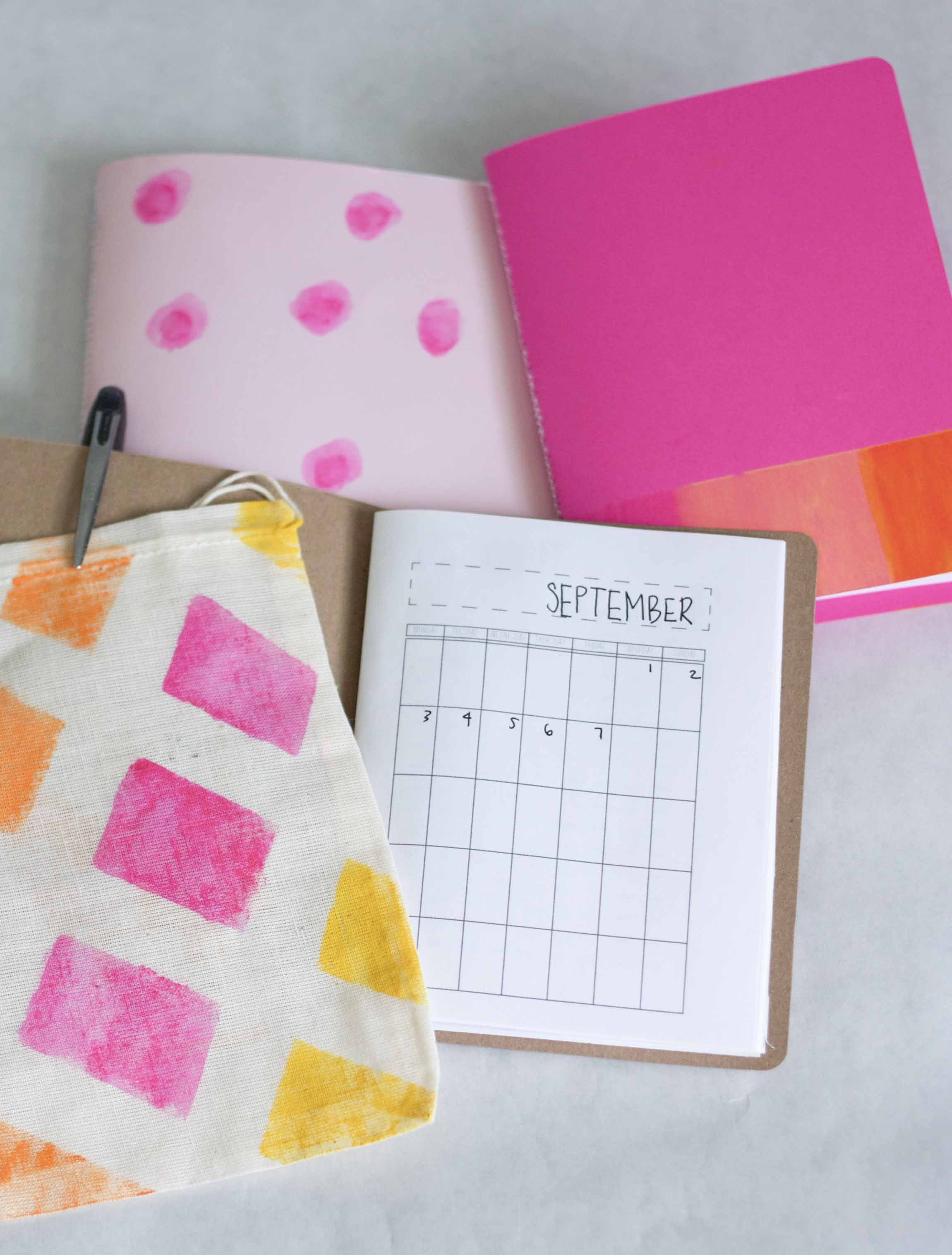 Diy Calendar Book With Printable Calendar Pages Could Make One