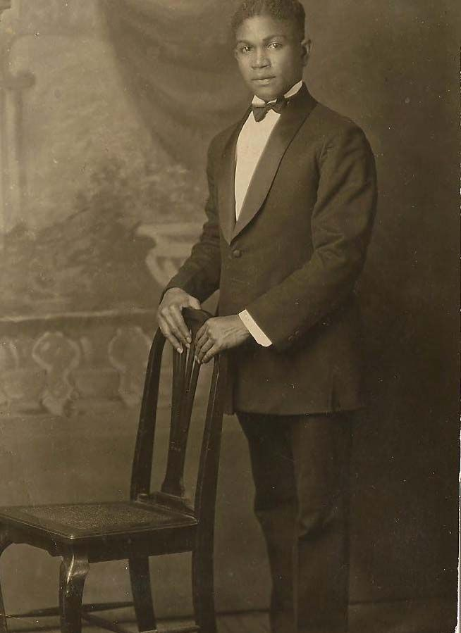 f7d69b7f4af african american men s 1920 s fashion - Google Search