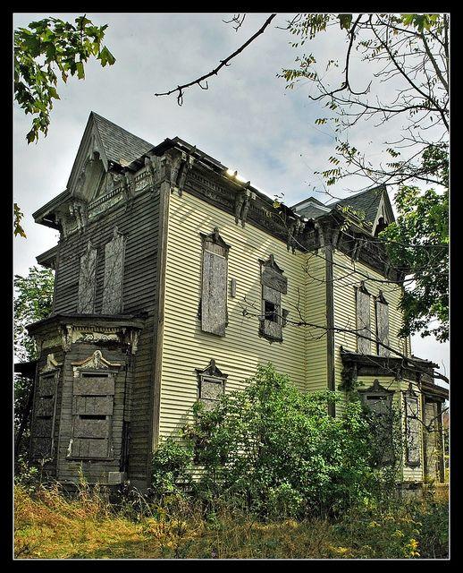 Abandoned Houses, Old Abandoned