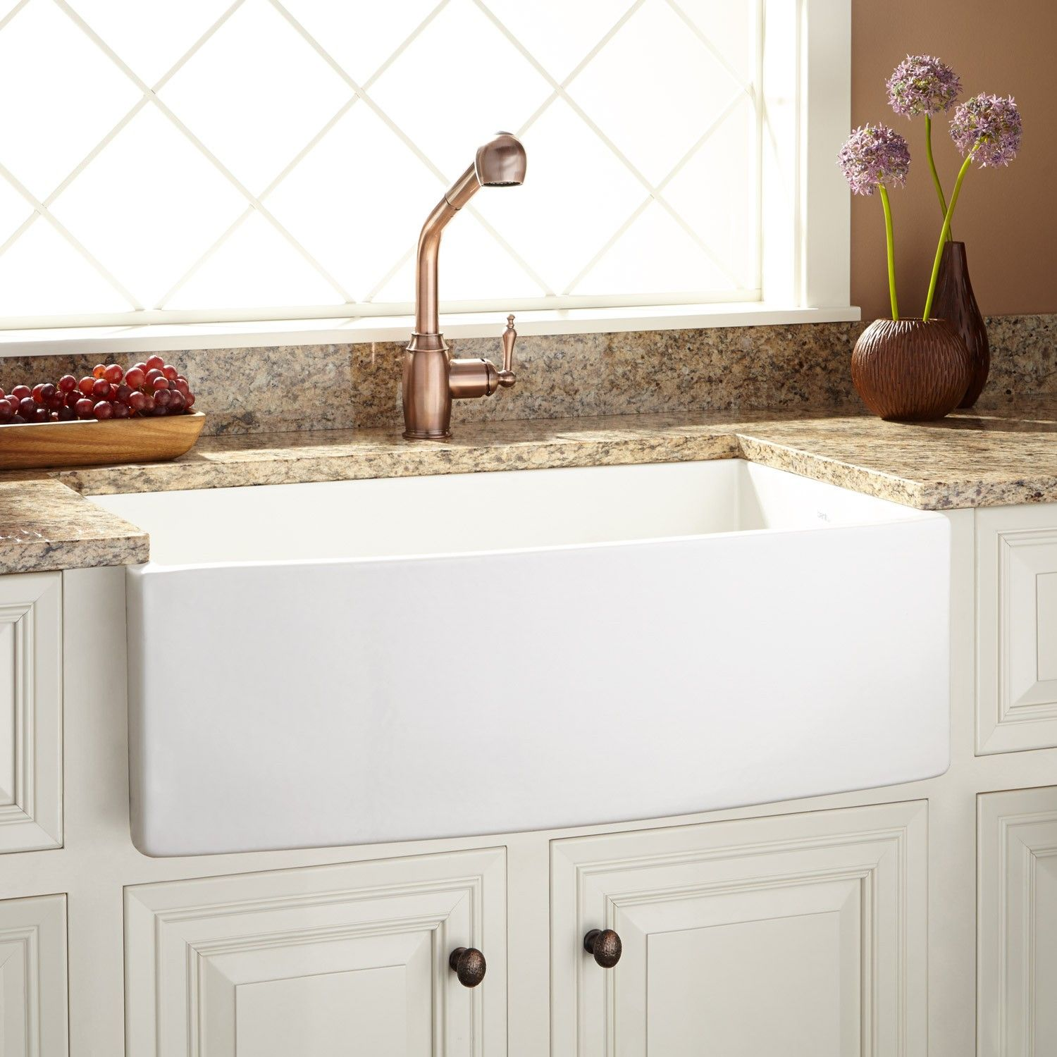 30 Pendleton Fireclay Farmhouse Sink Curved A White