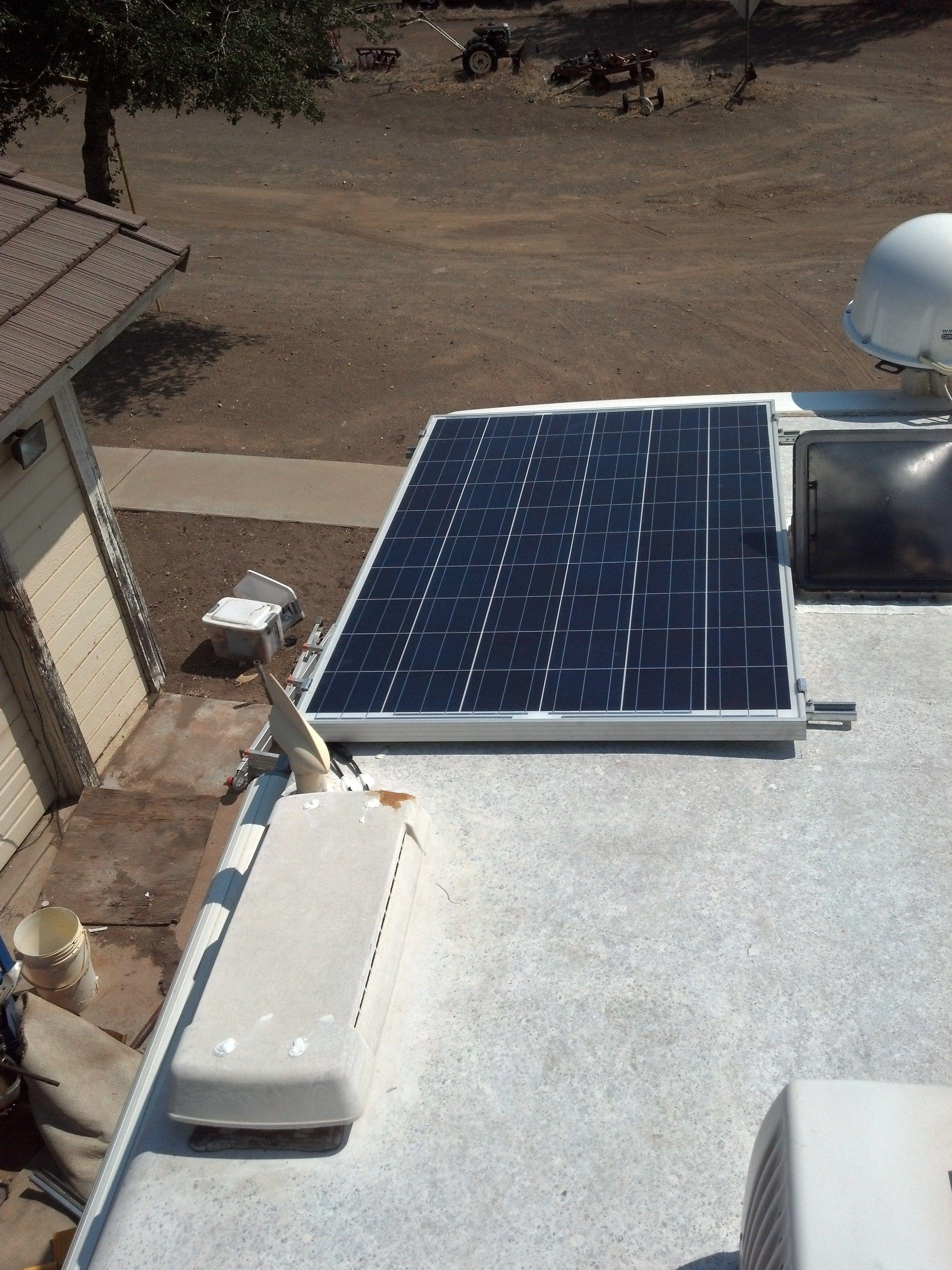 250 Watt Solar Panel On Rv 33 Open Volts Mounted On Unistrut Fed Through Regrig Vent Solar Panels Best Solar Panels Solar