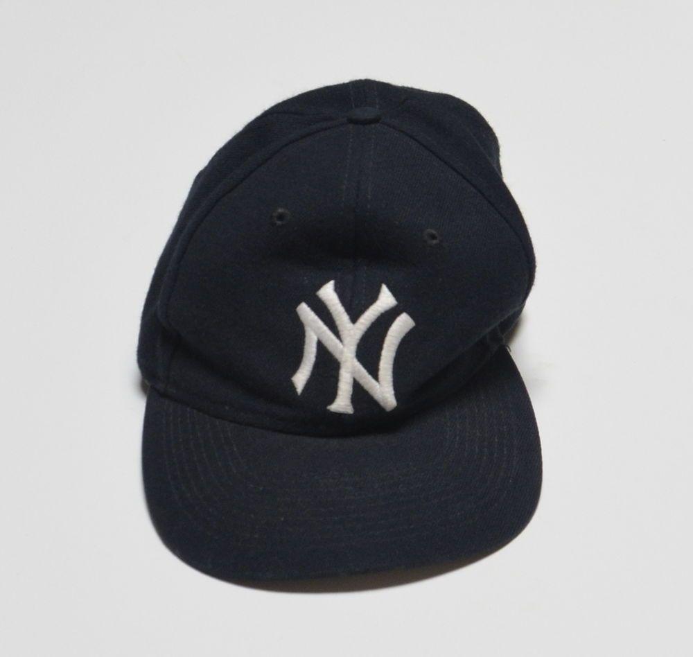 199d335cbf9 NY New York Yankees VTG Logo 7 Snapback Hat 85% Acrylic 15% Wool Black Cap   Logo7  BaseballCap