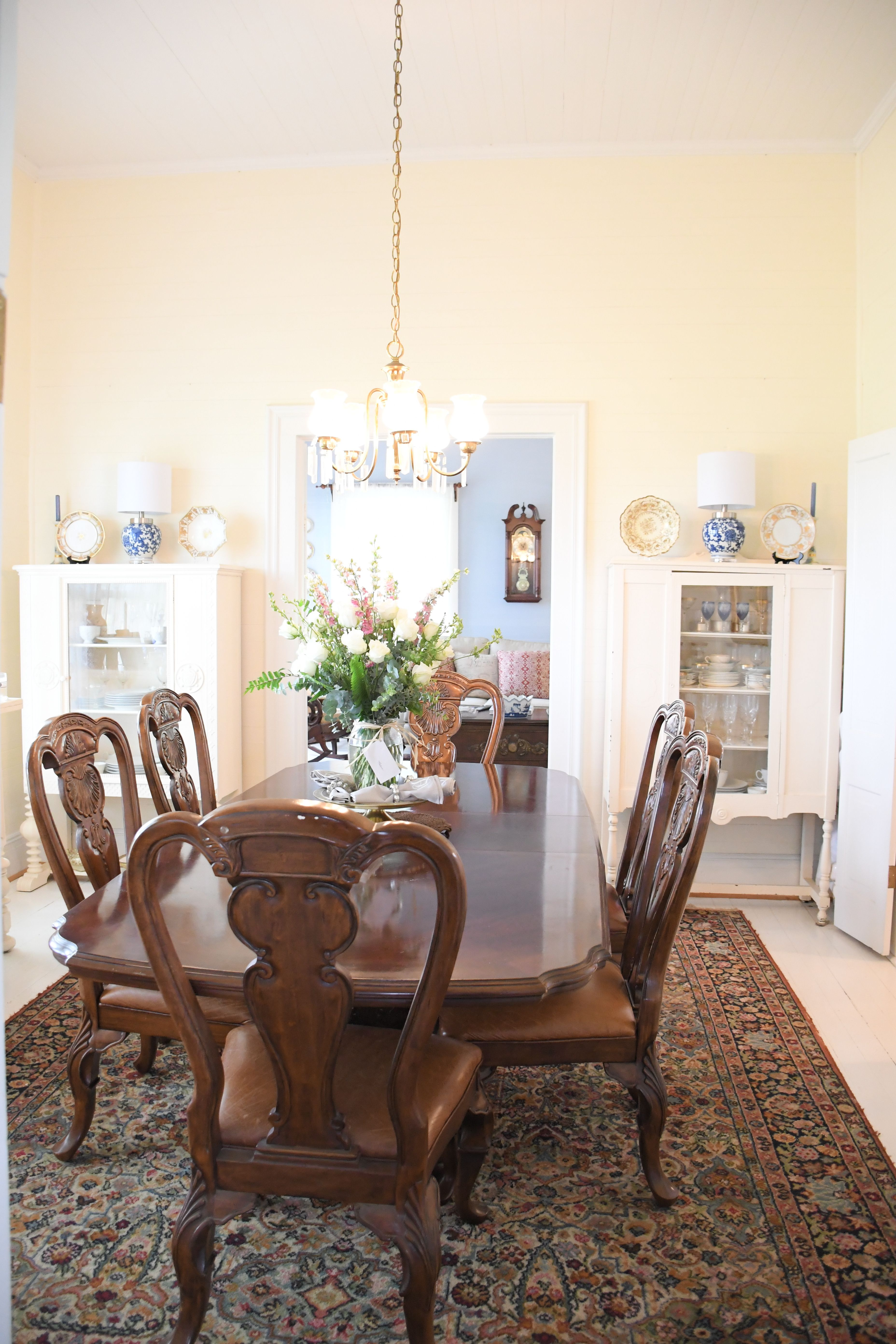 Southern Dining Room Farmhouse Elegant Rustic