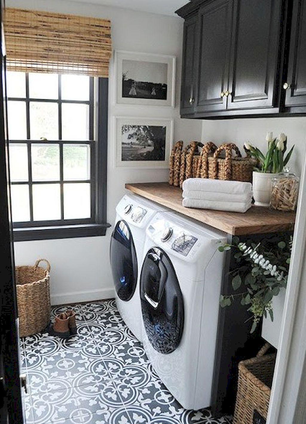 Modern Farmhouse Laundry Room Ideas (61)
