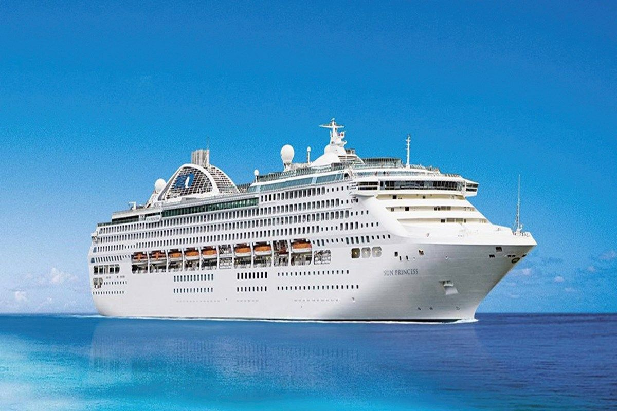 5 Night Singapore High Seas Surabaya North Bali Cruise Cruise Dream Cruises Ship Name Genting Dream Destina Cruise Ship Names Princess Cruises Service Trip