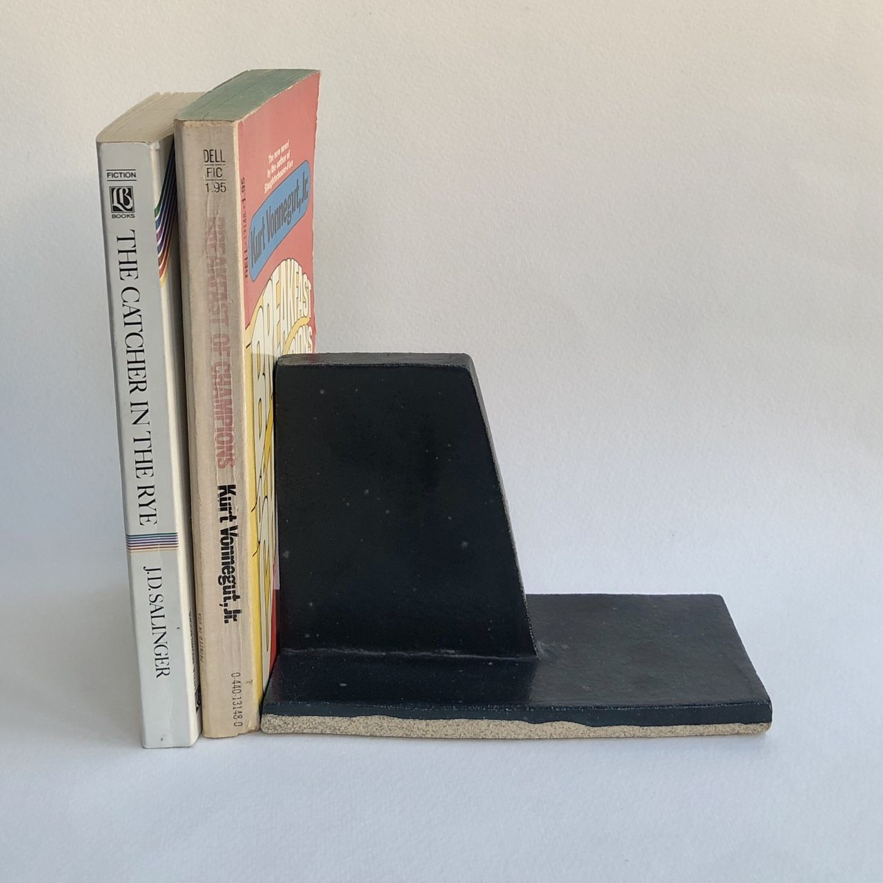 Pin By Rebex On Ceramik Stuff Bookends Ceramics High Fire