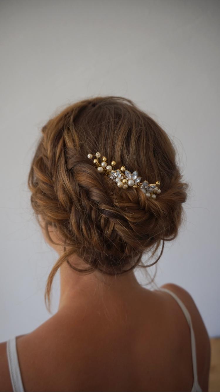 Braided crown , braid , bohobride , Hippie Hochzeit ...