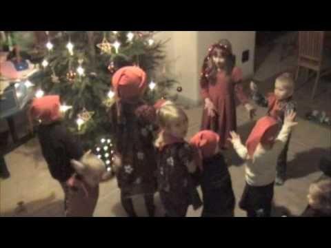tonttujen jouluyö - Bing video