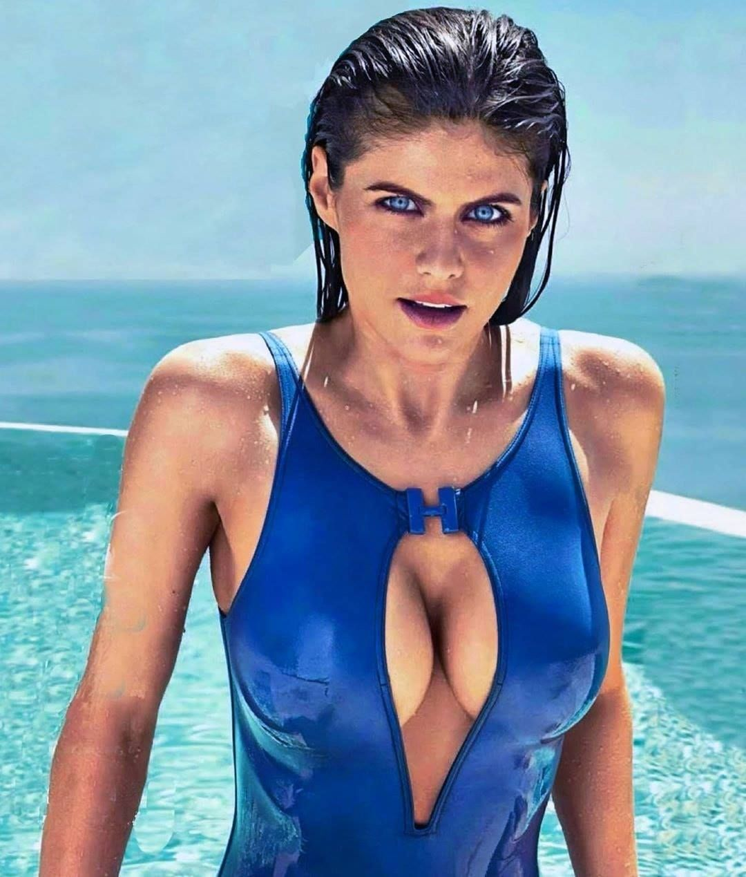 Alexandra Daddario blue bikini