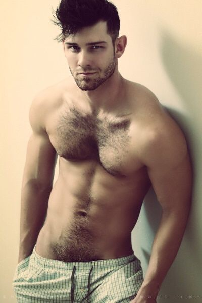 Agree, men with hairy pubes
