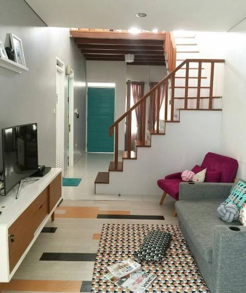 desain ruang keluarga kekinian ini pas untuk rumah mungil also rh pinterest