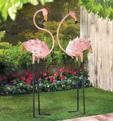 2 Flamingos Statue Iron Yard Art Garden Stakes Pink Birds