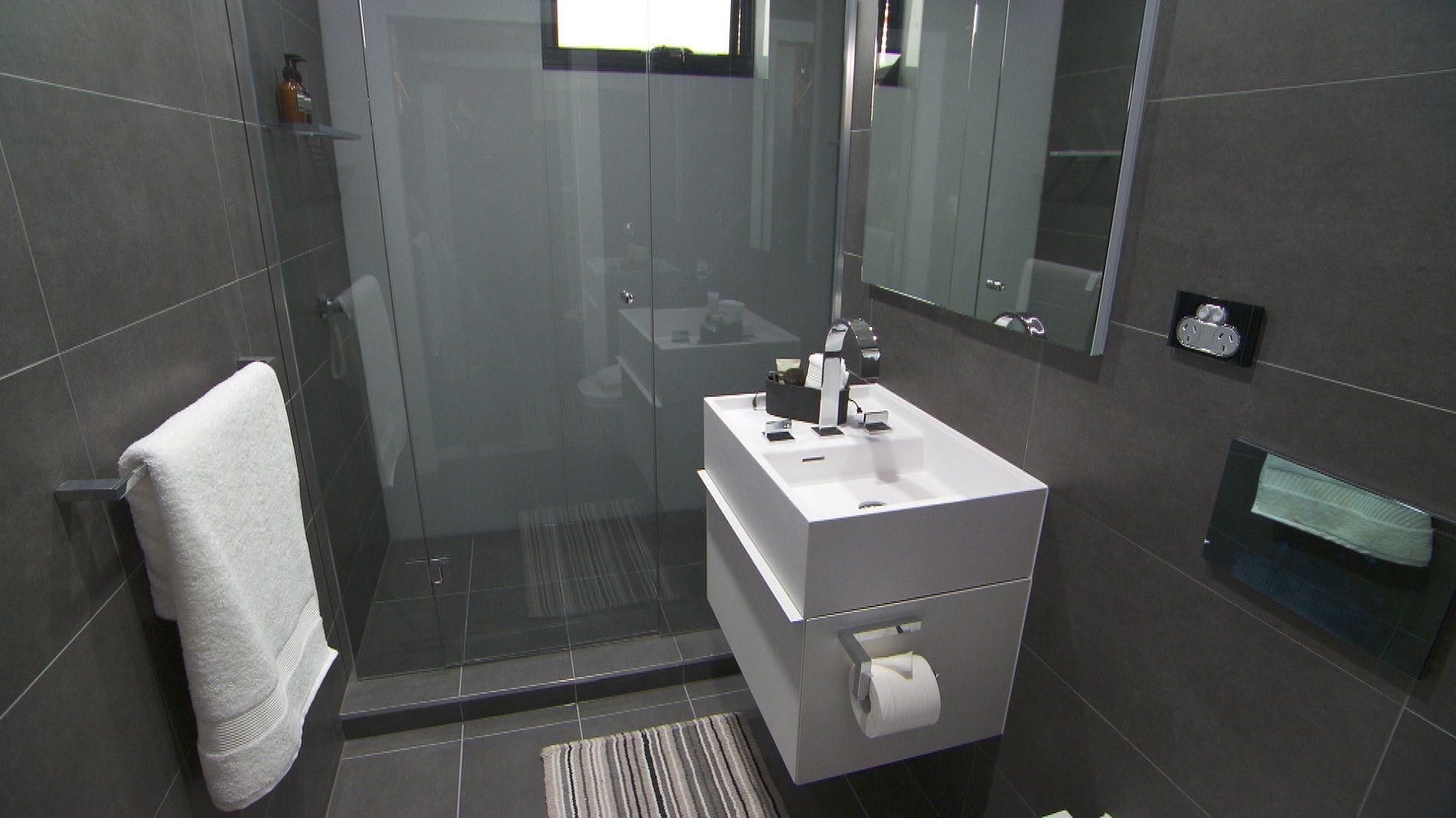 Tags rustic bathroom natural minimal monochrome - Bec George His Bathroom Challenge 3 Wall Floor Belgium Stone