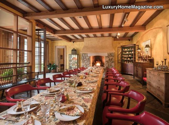 Dining room perfect for entertaining #realestate #interiordesign