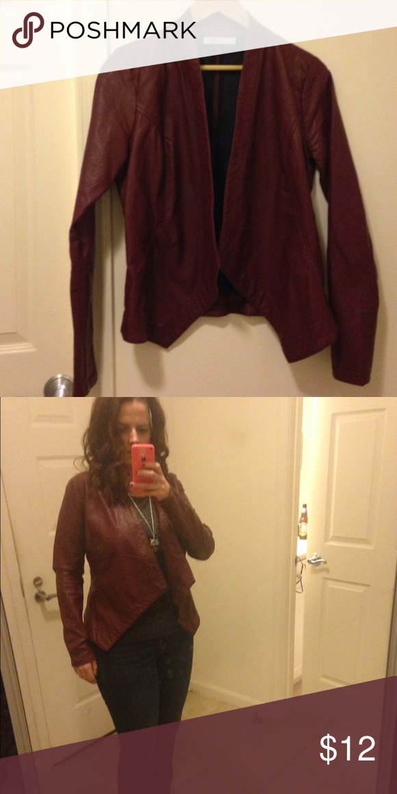 🌟FLASH SALE🌟Maroon  Faux Leather Jacket This is gently used but is in great condition. No stains or flaws and was professionally cleaned. It's a sexy open faux leather jacket. It wears like those open sweaters. This is great with a tee shirt, jeans and heels. It's a dark red/ maroon color. JustFab Jackets & Coats