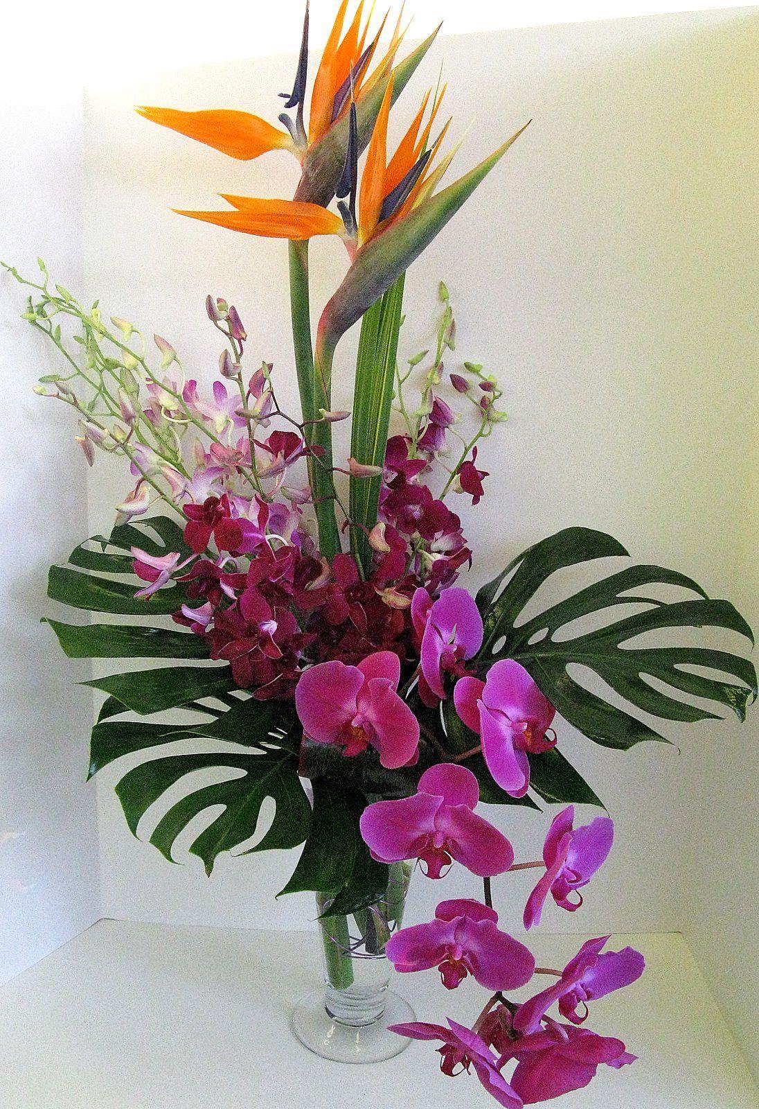 Arreglo floral con orqu dea jard n de lirios pinterest for Arrangement jardin