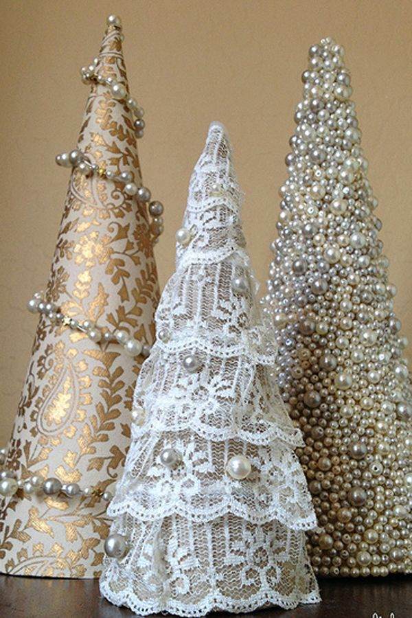 Delightful 20+ DIY Mini Christmas Tree Decor Ideas Idea