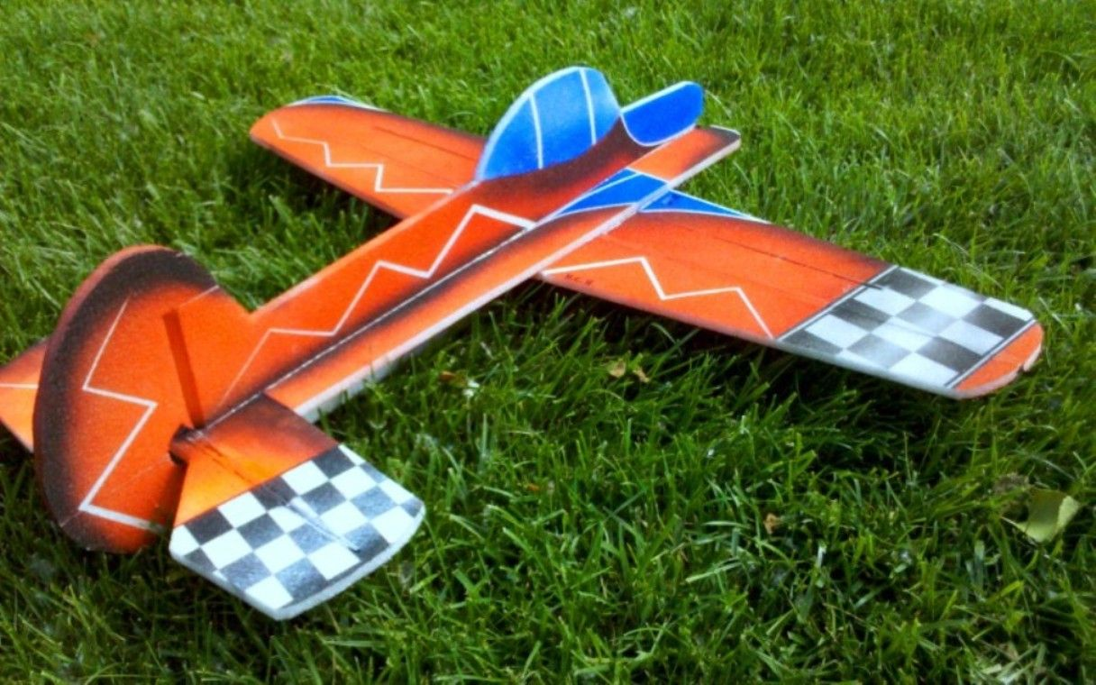 Pin em Pitts Special models by Chris Walsh..and other