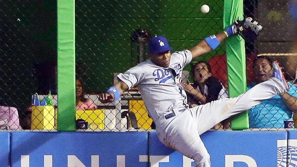 Dodgers' Puig shaken up as Marlins walk off in ninth