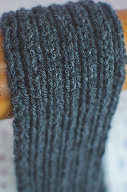 diy ribbed knit scarf | Knitting, Knit headband pattern ...