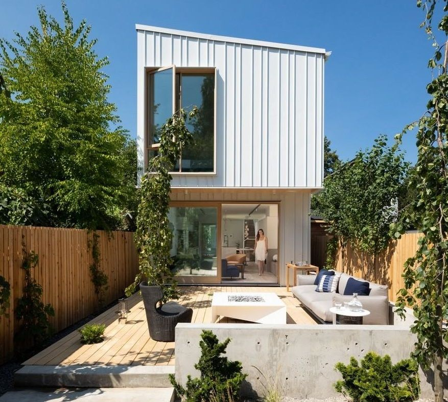 Wall House a Modern Farmhouse with EnergyEfficient