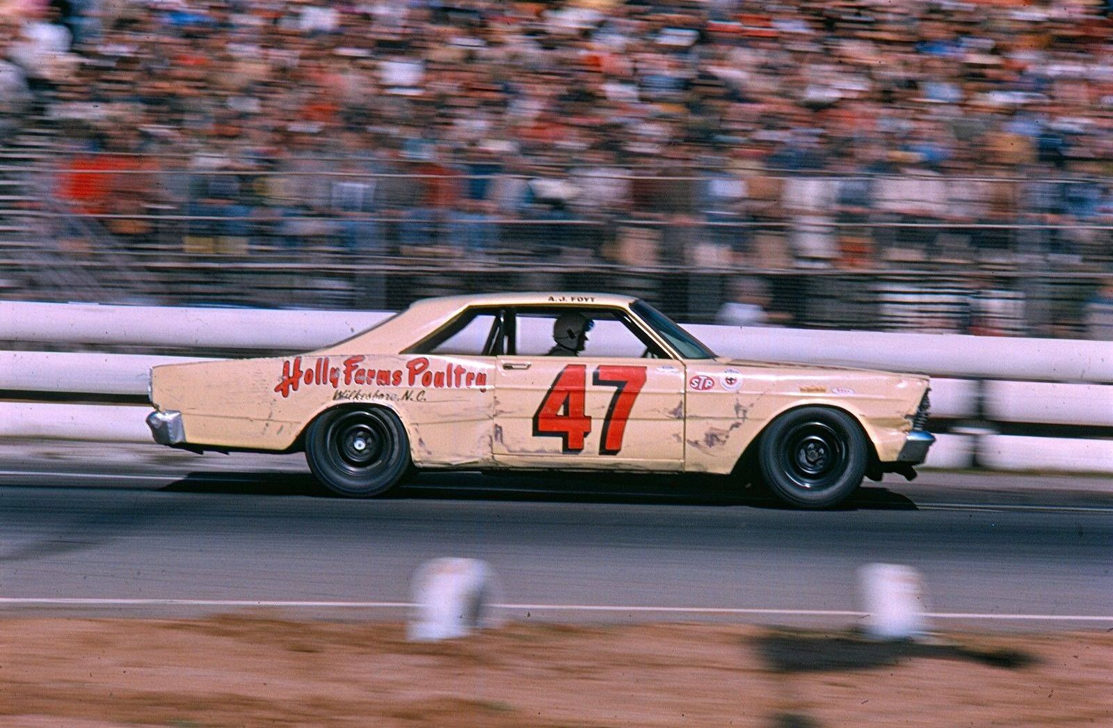 1966 Ford Fairlane Drag Racers
