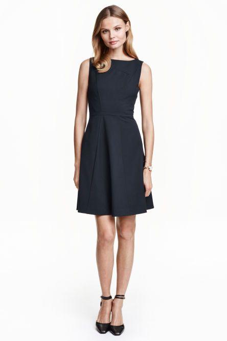 d7908b35bd Harangszoknyás ruha   Outfits   Circle skirt dress, Dresses és ...