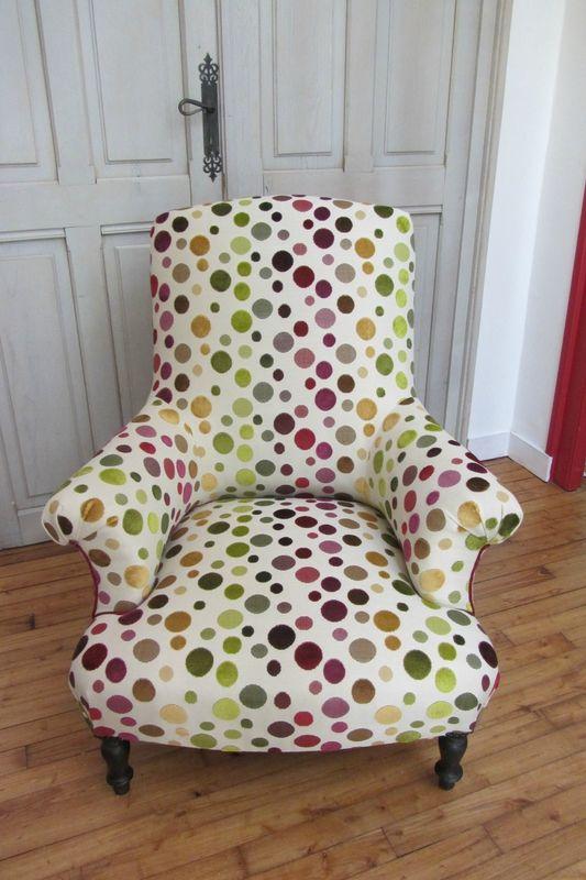 tissu arlequin burlat de chez deschemaker fauteuil pinterest tissu fauteuils et refaire. Black Bedroom Furniture Sets. Home Design Ideas