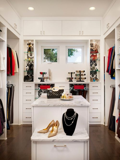 10X10 Closet Design Ideas, Remodels & Photos