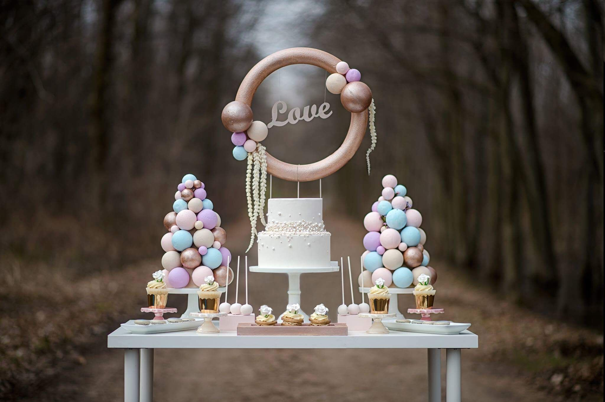 Pearl Inspired Sweet Table. Gorgeous Pastel colors and delicious Pearl styled desserts. Styling and Design by @laceandribbonsevents Sweets by @maychocolatetreats 📸 by @nfocusbydory