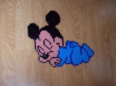 Risultati immagini per mickey mouse perler bead patterns