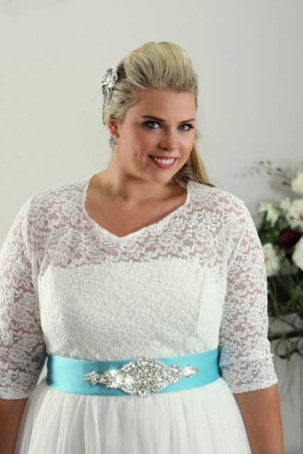 Simple plus size wedding dress Annie - Plus size Bridal | Wedding ...