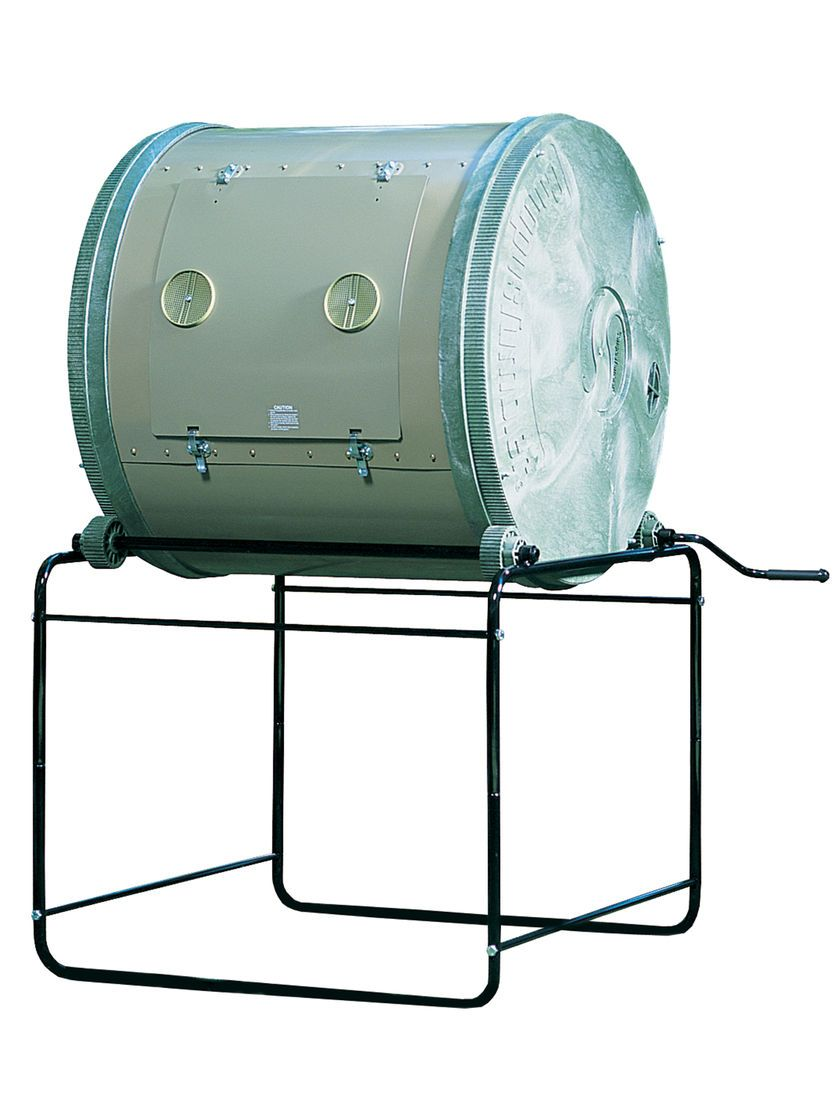 A Large Capacity Compost Tumbler That's Easy to Turn
