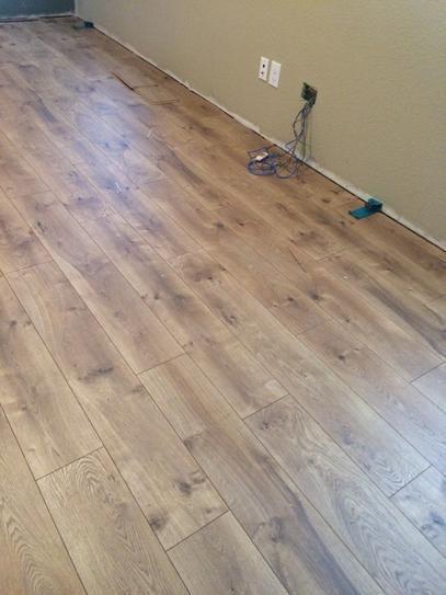 Pergo Xp Flooring : Pergo xp riverbend oak mm thick in wide
