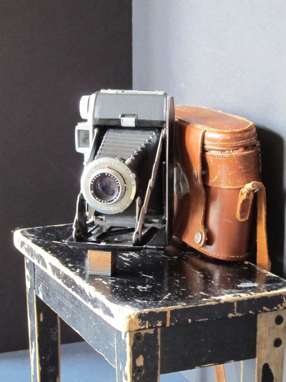 Pin By William Innes Photography On Cameras Cameras And More Cameras Camera Vintage Cameras Vintage Kodak Camera