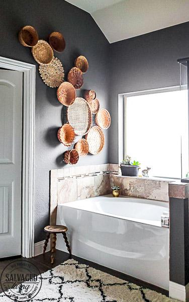 Create Vintage Basket Wall Art - Salvaged Living #walls #walldecor #homedecor #baskets