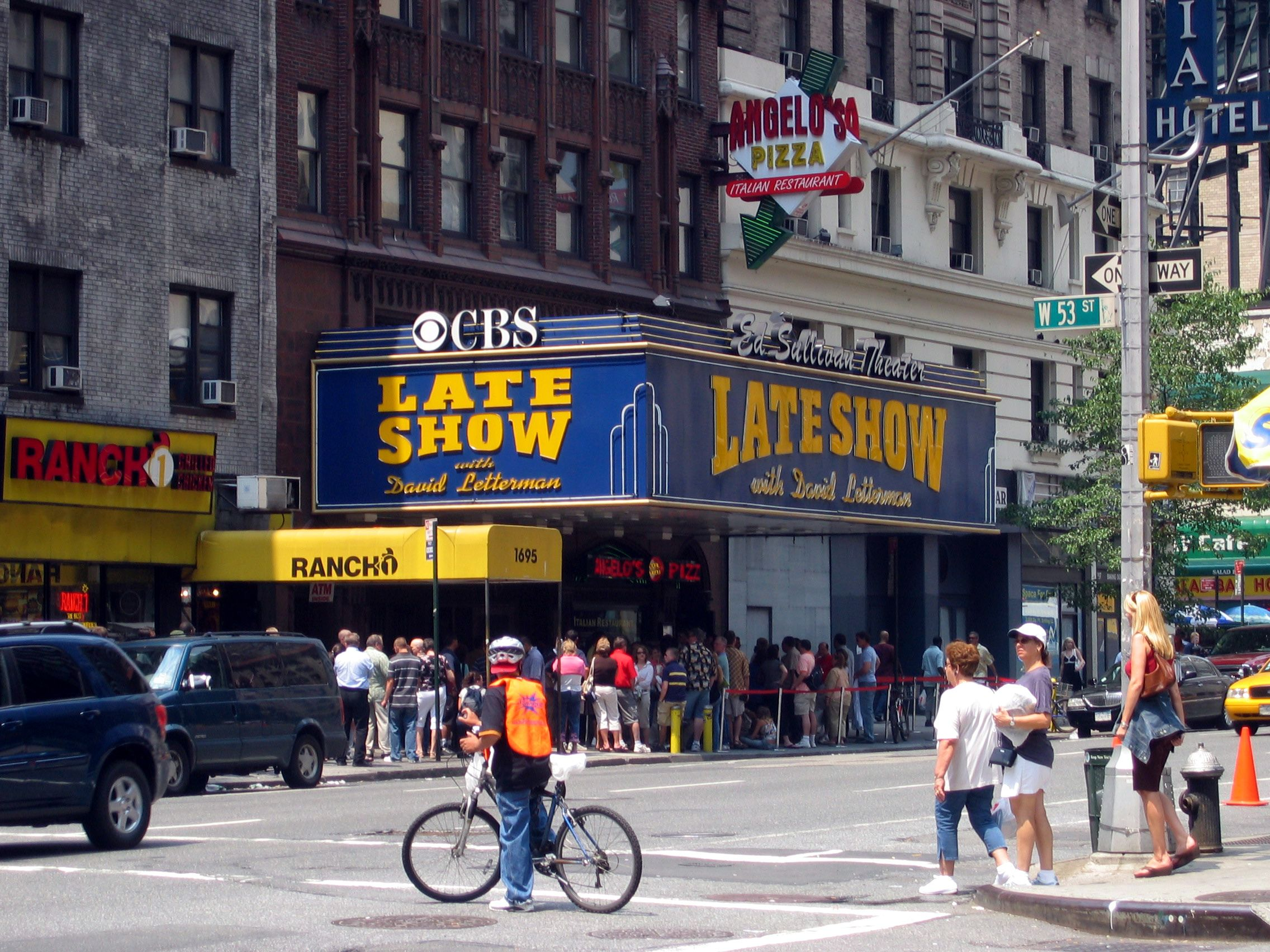 Manhattan bids farewell to the David Letterman Show | New ...