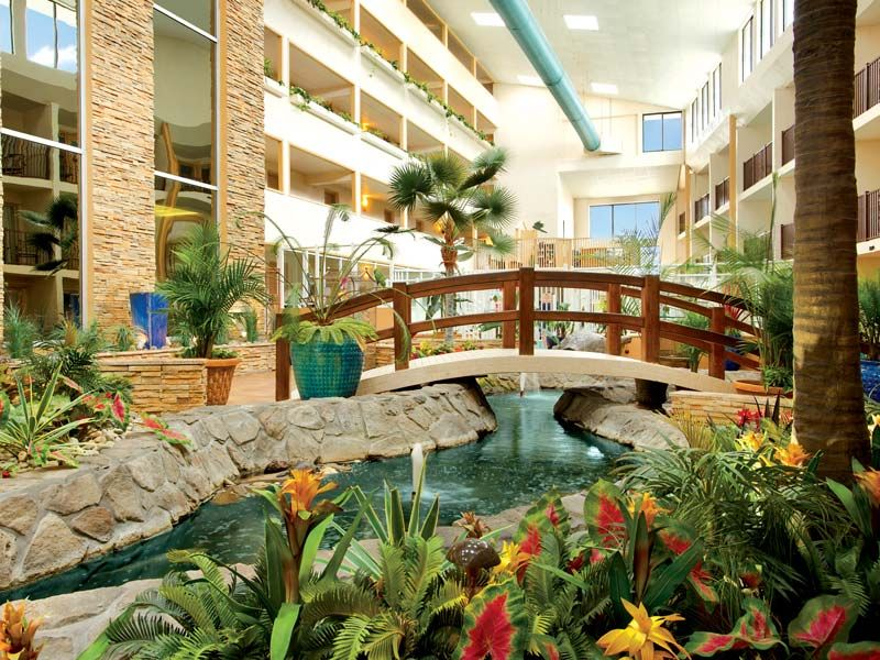 Quality Inn Oceanfront On 54th In Ocean City Has A Tropical Retreat Within Their 5 St Ocean City Hotels Ocean City Maryland Hotels Ocean City Maryland Vacation