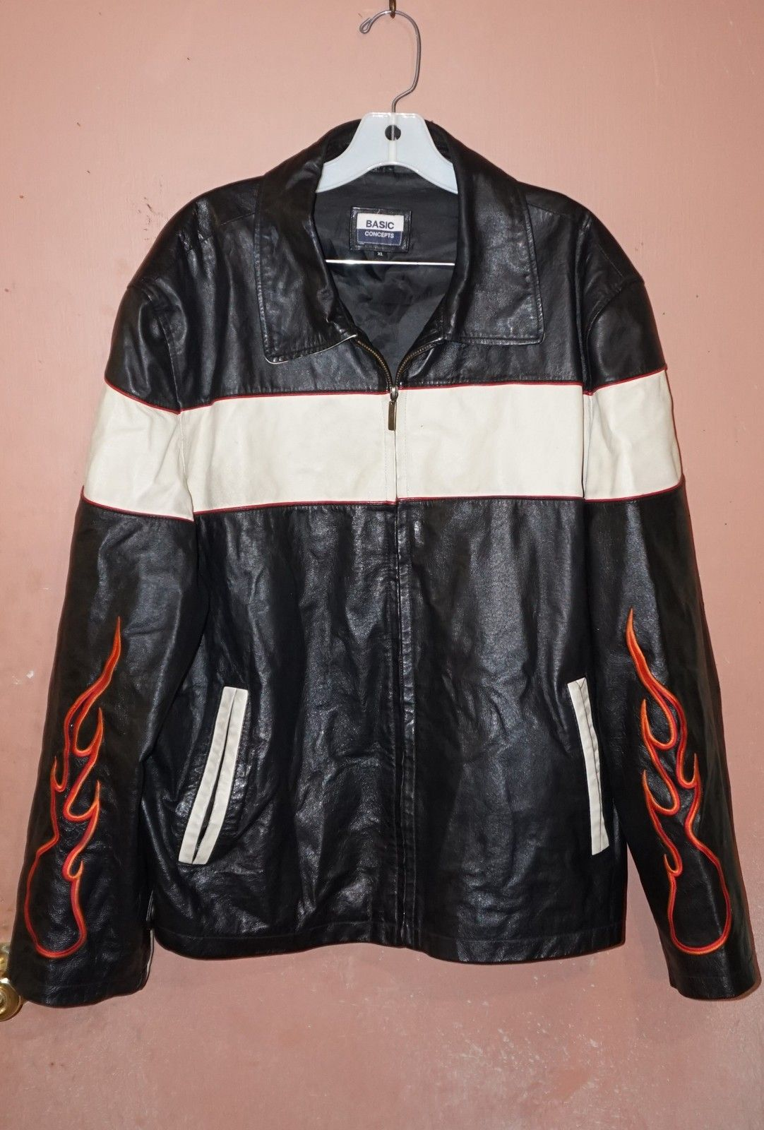 Once Again Vintage Motorcycle Leather Jacket W Flames Check It Out In Once Again S Bonanza Booth Motorcycle Style Fashion Leather Motorcycle Jacket [ 1600 x 1082 Pixel ]