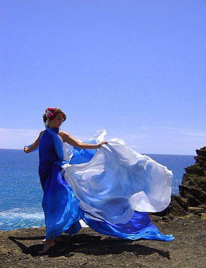 oceanic wedding dress
