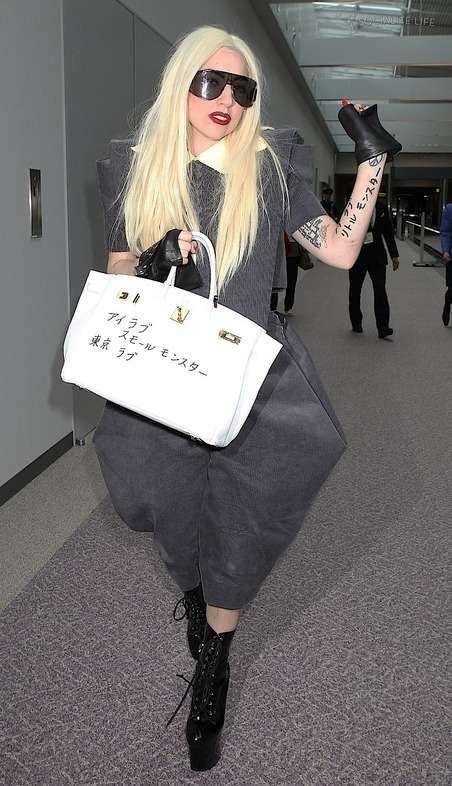 95869bb9f9e3 lady gaga hermes birkin bag - Lady Gaga s Hermes Birkin bag is sporting a  brand new tattoo