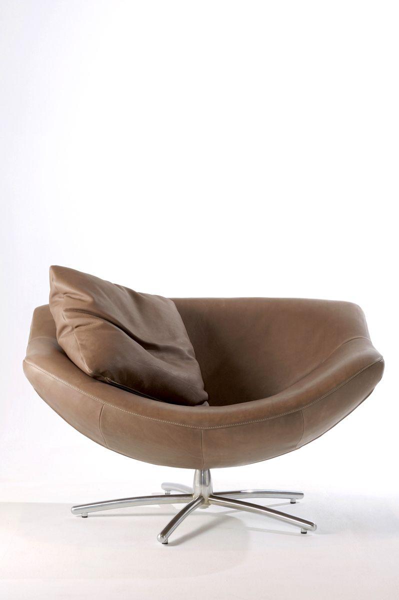 Fauteuil gigi van label mooie stoel waar je ook lekker in for Mooie design fauteuils