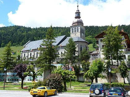 Église Notre-Dame-de-l'Assomption du Grand-Bornand. Haute Savoie. A découvrir avec les Guides du Patrimoine des Pays de Savoie http://www.gpps.fr/Guides-du-Patrimoine-des-Pays-de-Savoie/Pages/Site/Visites-en-Savoie-Mont-Blanc/Genevois/Massif-des-Aravis/Le-Grand-Bornand